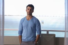 """Jane the Virgin """"Chapter Forty-Two"""" S2EP20"""