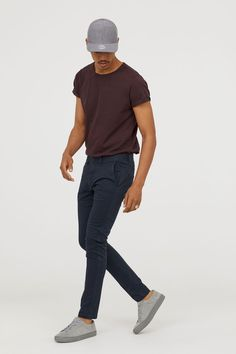 Skinny-fit chinos in washed cotton twill with a regular waist. Summer Outfits Men, Casual Outfits, Men Casual, Chinos Men Outfit, Fashion Night, Mens Clothing Styles, Menswear, Mens Fashion, Korean Fashion