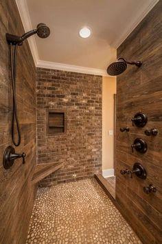 44 Awesome Master Bathroom Remodel Ideas #bathroomremodeling #RemodelingIdeas