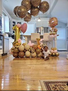 First Birthday Leopard Balloon Bouquet Delivery, First Birthdays, Balloons, Desserts, Food, Tailgate Desserts, One Year Birthday, Globes, Deserts