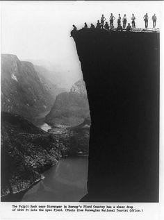 Norway pulpit//1800 foot drop