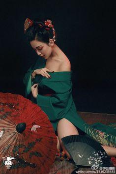 T's media statistics and analytics Asia Girl, Beautiful Asian Women, Traditional Dresses, Asian Fashion, Trendy Fashion, Asian Woman, Asian Beauty, Japanese Beauty, Beauty Women
