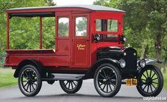 1924 Ford Model T Huckster Truck   ===>   https://de.pinterest.com/galenkoko1/planes-trains-automobiles/   ===>  https://de.pinterest.com/pin/21673641935075822/