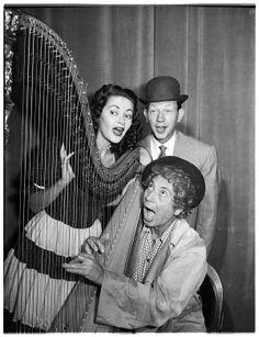 Yvonne De Carlo, Donald O'Connor & Harpo Marx