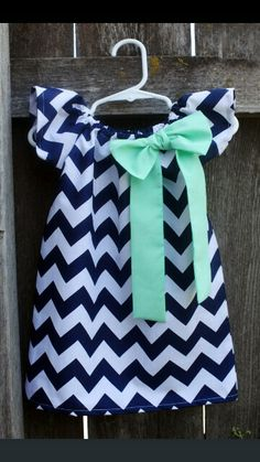 Navy and mint ♥