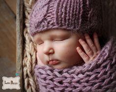 Sweet little newborn face.  Libby Brady Photography Newborn