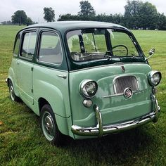 Fiat 600 with Green Doors!! | Michael Ficke | Flickr Pretty Cars, Cute Cars, Classy Cars, Sexy Cars, Old Vintage Cars, Old Cars, My Dream Car, Dream Cars, Scooter Moto