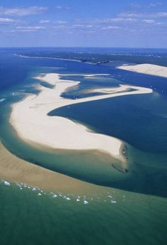The quiet and peaceful Banc d'Arguin Lacanau Ocean, Aquitaine, Cap Ferret, Ville France, Island Beach, Europe Travel Tips, Beautiful World, Strand, Airplane View
