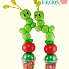 What cute candy cups! A cute and unique way to say thank you. And thank you to for an awesome design! Balloon Crafts, Balloon Gift, Balloon Decorations Party, Small Sculptures, Balloon Animals, Teacher Appreciation Week, Xmas, Christmas Ornaments, Gift Baskets