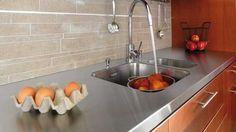 Dans la cuisine, tout est une question d'harmonie ! Aussi, vous allez devoir choisir votre évier de cuisine en fonction du style de votre plan de t...