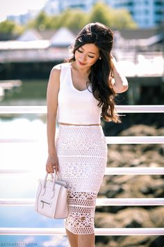 White lace pencil skirt outfit