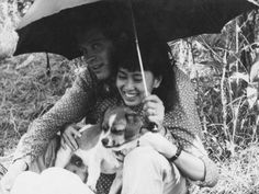 Aung San Suu Kyi and Michael Aris in Bhutan with their new puppy, forever to be known as Puppy, to which Suu became very attached. Photo & Caption featured in The Lady And The Peacock: The Life of Aung San Suu Kyi of Burma by Peter Popham. Old Photos, Vintage Photos, Personal Biography, Myanmar Women, Sexy Ebony Girls, Asian Furniture, Ju Ju, Nobel Peace Prize, Yangon