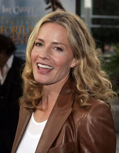 Celebrities In Leather: Elizabeth Shue in leather jacket