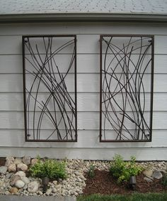 Best Designs for Outdoor Wall Art: Custom Outdoor Wall Art Design Plank Wall Small Garden ~ mybutteryfly.com Outdoor Inspiration