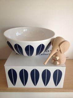 this matches my sauce pan! Swedish Design, Danish Design, Scandinavian Interior, Scandinavian Design, Mid Century Modern Kitchen, Ceramic Tableware, Scandi Style, Consumer Products, Mid Century Design