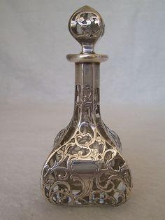 Antique silver parfume bottle  Coisas de Terê