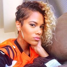 Ombre Hair Color for Black Women Shaved Side Hairstyles, Weave Hairstyles, Curly Hair Shaved Side, Casual Hairstyles, Quick Hairstyles, Everyday Hairstyles, Prom Hairstyles, Ponytail Hairstyles, Straight Hairstyles