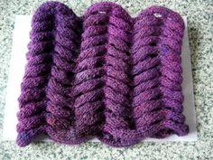défi torsade magique - Easy Crochetréalisé par 67soso Les explications necessaires à la réalisation de ce point fantaisie sont disponibles ici : http://www.crochet-laine-et-tricot.com/index.php?id_category=18&controller=category