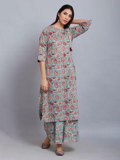 White Pink Hand Block Printed Cotton Mulmul Suit- Set of 3 Silk Kurti Designs, Kurti Designs Party Wear, Blouse Designs, Indian Designer Suits, Designer Wear, Designer Dresses, Dress Indian Style, Indian Dresses, Neck Designs For Suits