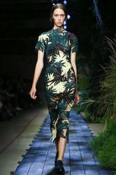 London Womenswear S/S 2015  Erdem