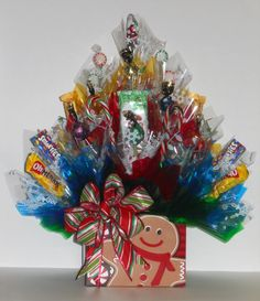 THIS SWEET GINGERBREAD MAN CANDY BOUQUET WAS A HIT THIS CHRISTMAS!