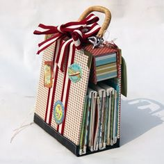 An AMAZING paper craft project - One of the coolest mini albums I have ever seen ... she is seriously talented.