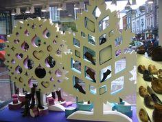 polystyrene display - Buscar con Google