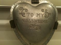 ❤ Chocolate Mold ~ To My Valentine Funny Valentine, Vintage Valentines, Valentine Heart, Valentines Day, Valentine Ideas, Chocolate Candy Molds, Chocolate Making, German Chocolate, Humble Heart
