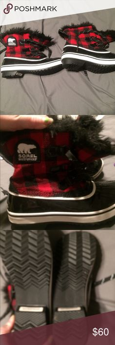 Sorel winter boots Red plaid with black, waterproof!!!!never worn SOREL Shoes Winter & Rain Boots