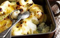 Κουνουπίδι ογκρατέν Curry, Cauliflower Cheese, Le Diner, Non Stick Pan, Cheese Recipes, The Dish, Cheddar Cheese, Mashed Potatoes, Menu