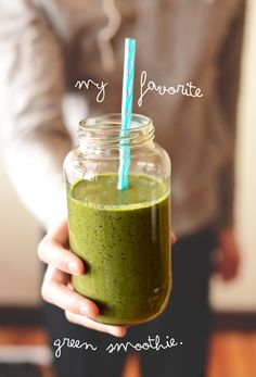 My Favorite Green Smoothie Recipe by minimalistbaker #Smoothie #Green