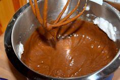 Oldemor Harriets saftige chokoladekremkake – josefinesmatgleder Icing, Peanut Butter, Food And Drink, Cookies, Desserts, Tips, Crack Crackers, Tailgate Desserts, Deserts