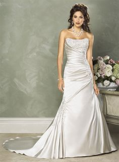 Robe de mariée Simple en Satin avec traîne