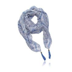 New product 'Cerulean Scarf' added to Orinet independent Oriflame Consultants! - £12.95 - 29370 - A fresh, Metiterranean-inspired finishing touch with Ibiza Cerulean Scarf. A large off-white square polyester-cotton sca…