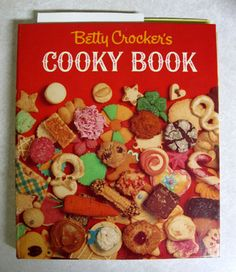 """Betty Crocker's Cooky Book """"French lace cookies"""""""