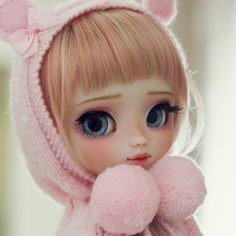 Welcome to Poison Girl's Dolls! I'm María and customizing dolls is my passion. Pullip & Blythe custom dolls for sale in my shop. Cute Baby Dolls, Cute Baby Girl, Cute Babies, Cartoon Girl Images, Cute Cartoon Girl, Blythe Dolls, Girl Dolls, Doll Home, Diy Nail Designs