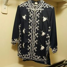 Vintage Vamp tunic Blue with white embroidery Vamp Tops Tunics