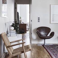 Swan lounge chair by Arne Jacobsen   Fritz Hansen. CH25 by Hans J. Wegner   Carl Hansen & Son.