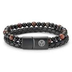 Danish brand Lucleon offers this gorgeous red tigers eye bracelet. Includes a single steel bead featuring Lucleon's logo. Strung on strong elastic. Fits nearly every wrist size. Bracelets For Men, Beaded Bracelets, Leather Bracelets, Tiger Eye Bracelet, Red Tigers Eye, Engraved Bracelet, Bracelet Cuir, Jewelry Stand, Men Accessories