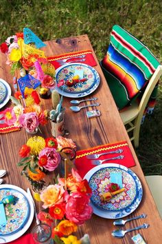 Chic fiesta style table setting.