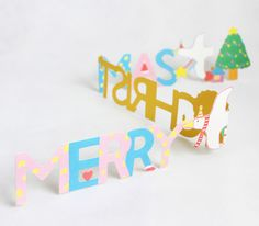 Merry Christmas from Upon a Fold via WeeBirdy.com #Christmas #Decorations #Paper #Uponafold