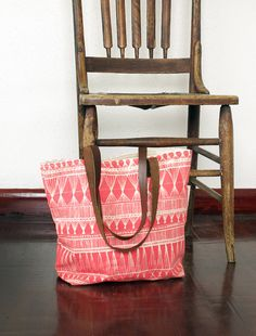 Cute Coral / Red Market Weave Screen-Printed Tote Bag