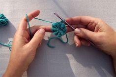 Cómo hacer una puntada lingotes Tutorial ♡ Teresa Restegui http://www.pinterest.com/teretegui/ ♡