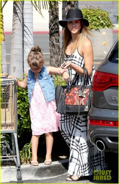 Our Bubble Leather Carpet bag is back for Fall'13 ! Jessica Alba was seen this Mothers day wearing the Boho accessory while brunching with the family . Xx