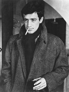 Jean-Paul Belmondo B&W Poster Cigarette Cool Look Silverscreen Smoke Drawing, Smoke Art, Lauren Bacall, Carole Lombard, Humphrey Bogart, Cary Grant, Sophia Loren, Michael Fassbender, Tv Actors