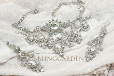 Luv this...hey, I found this really awesome Etsy listing at https://www.etsy.com/listing/104760595/vintage-wedding-bridal-jewelry-set