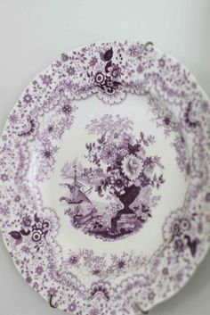 Maison Decor: Starting a Collection Antique Shops, Antique Fairs, Vintage Shops, Vintage Dishes, Vintage China, Vintage Pyrex, Purple Wine Glasses, Plates On Wall, Plate Wall