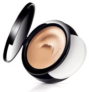 Min-A-Real Cream-to-Powder Foundation $18.00 epedraza.mymarkstore.com  #markgirl #makeup #shop #beauty #cosmetics #face #cream #powder #foundation