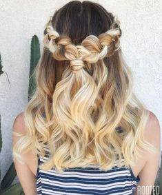 We've gathered our favorite ideas for 50 Half Up Half Down Hairstyles For Everyday And Party Looks, Explore our list of popular images of 50 Half Up Half Down Hairstyles For Everyday And Party Looks in half updo party hairstyles for long hair. Grad Hairstyles, Dance Hairstyles, Cool Braid Hairstyles, Homecoming Hairstyles, Down Hairstyles, Wedding Hairstyles, Teenage Hairstyles, Simple Hairstyles, Updo Hairstyle