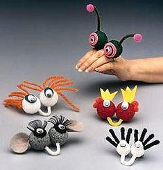 Love these monster handpuppets. Just stick pipecleaners in styrofoam balls!